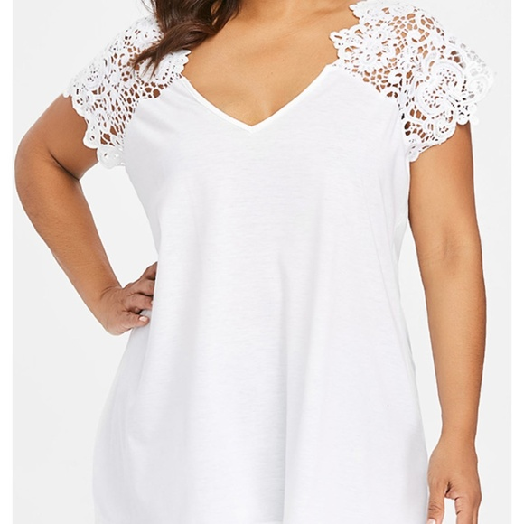 793c45fb672d2 Rosegal for Curves Collection Tops | Plus Size Cutwork Lace Trim ...